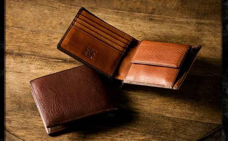 本革を使った財布