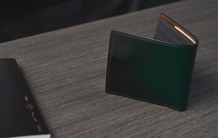 YFC132 二つ折り財布